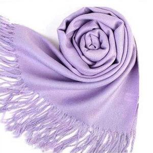 Pashmina scarf shawl in lavender purple NWOT